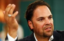 Ex-Met and noted Italian soccer fan Mike Piazza is interested in buying Parma FC.
