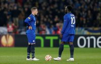 Football - Dynamo Kiev v Everton - UEFA Europa League Third Round Second Leg - NSC Olympic Stadium, Kiev, Ukraine - 19/3/15 Everton's Ross Barkley (L) and Romelu Lukaku look dejected after Dynamo Kiev score their third goal Action Images via Reuters / Peter Cziborra Livepic EDITORIAL USE ONLY.