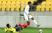 Gedion Zelalem of USA beats the challenge