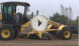 New Holland Grader 156.7 A in Action - Walkaround und